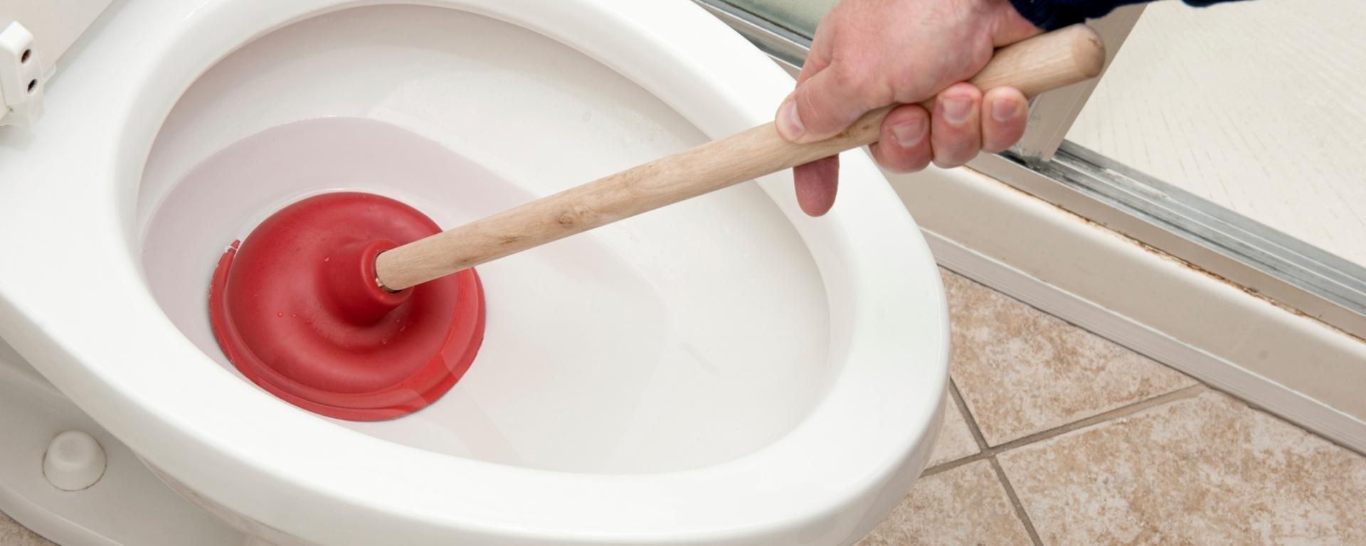 comment-déboucher-les-wc
