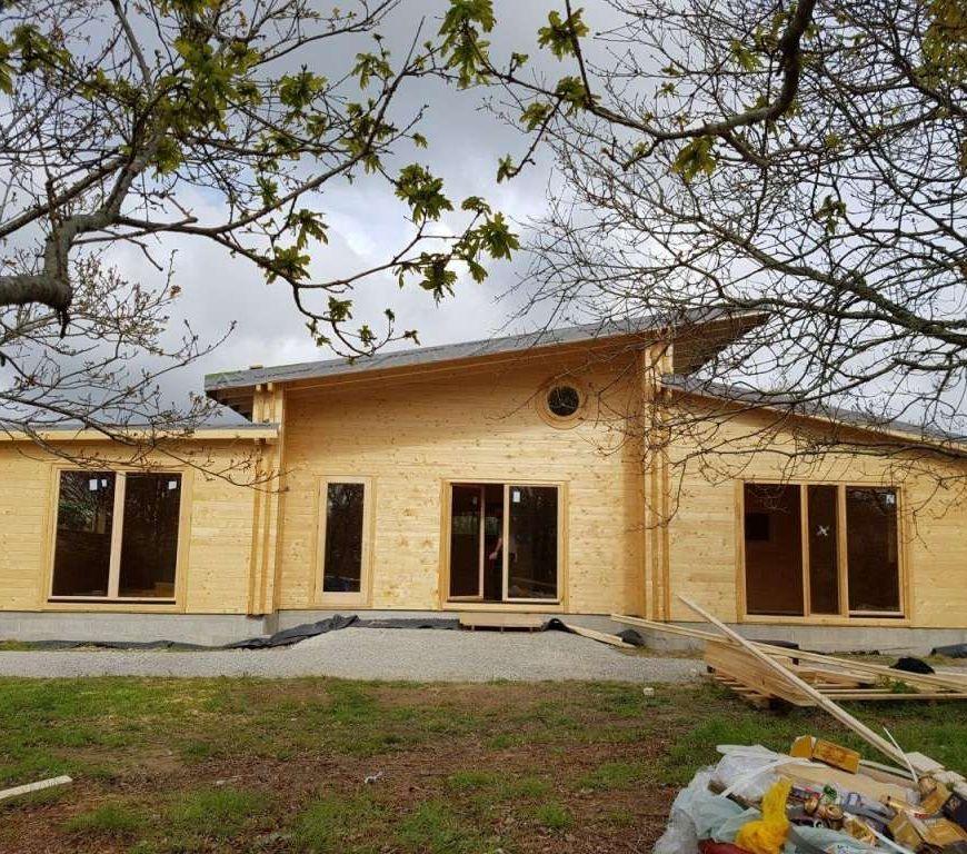 Maison en bois en kit1